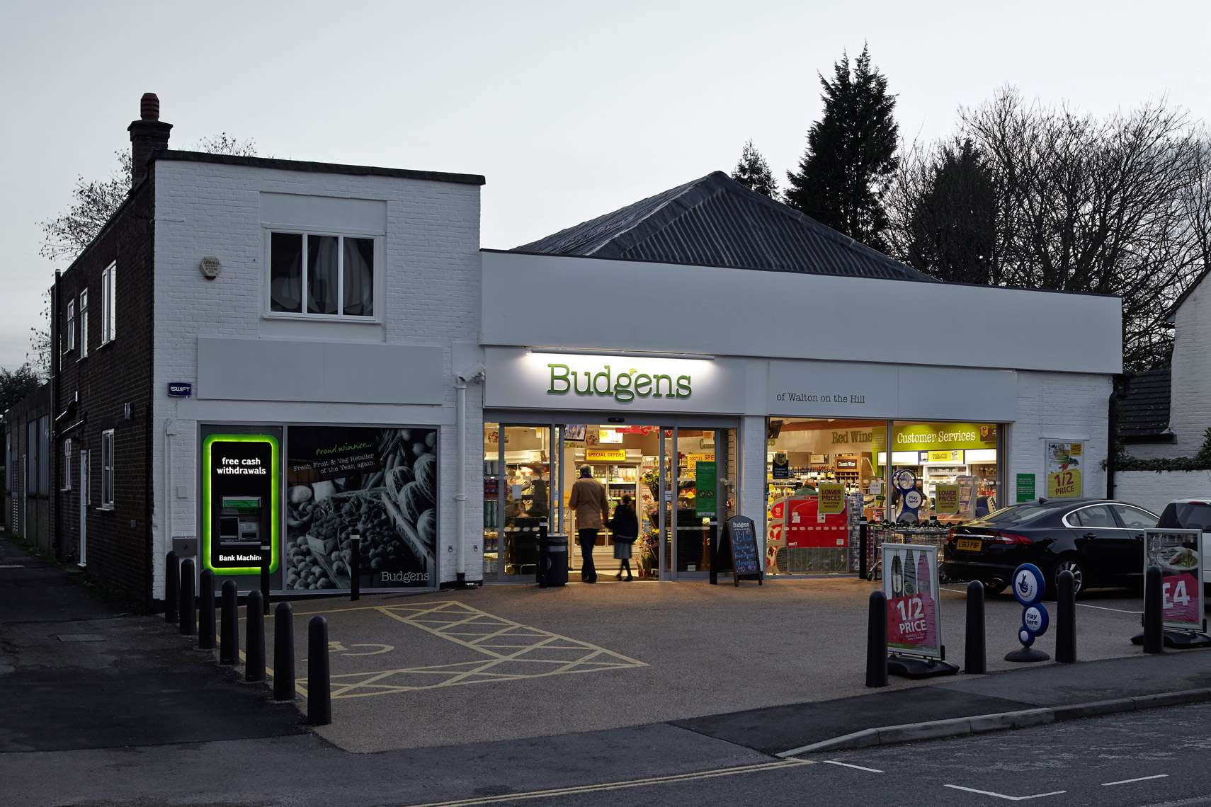 Budgens,-Walton-on-the-Hill_MG_1337