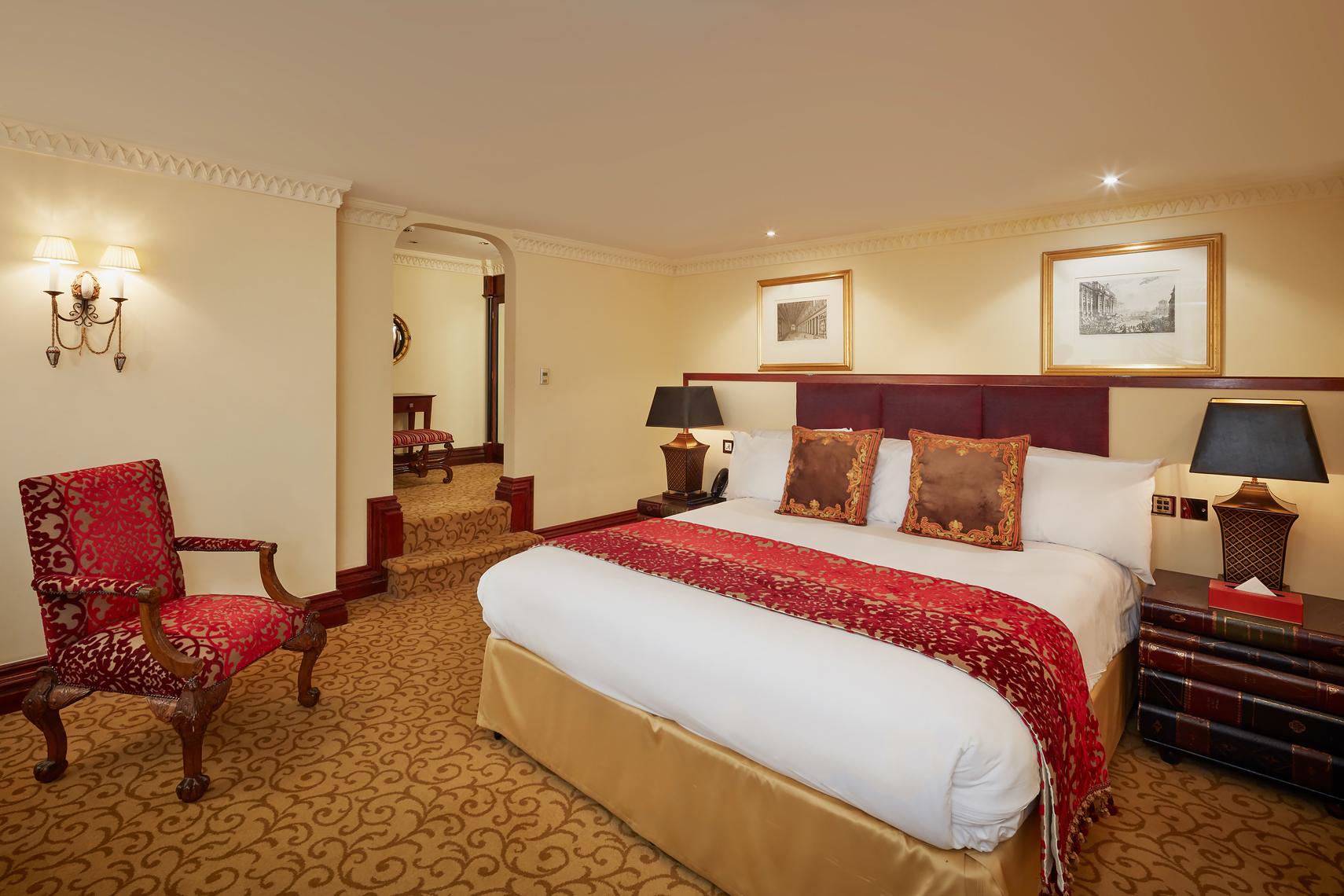 Royal-Horseguards-Hotel_Suites_HR0002